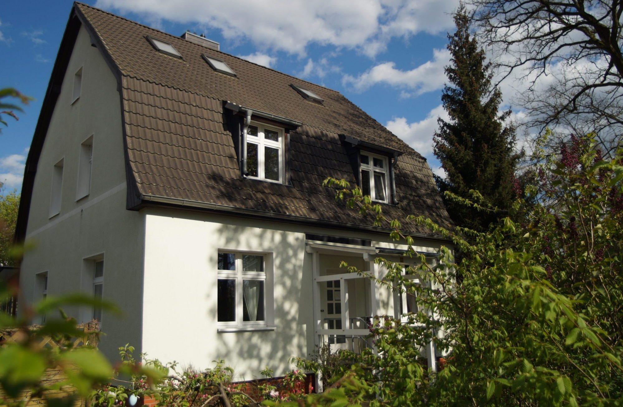 Flora 3 - Ferienwohnung Oranienburg